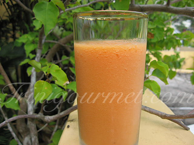 Banana-Papaya Smoothie (recipe)