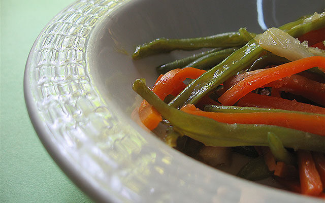 Carmen's Julienned Green Beans and Carrots (recipe)